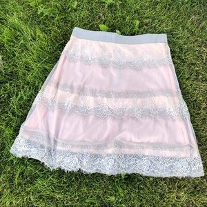 🍁Downeastbasics lace lined skirt grey/pink